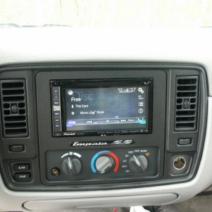 DetailSS double-din dash with Pioneer AVIC