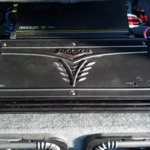 1500 watt amp- BRAND NEW